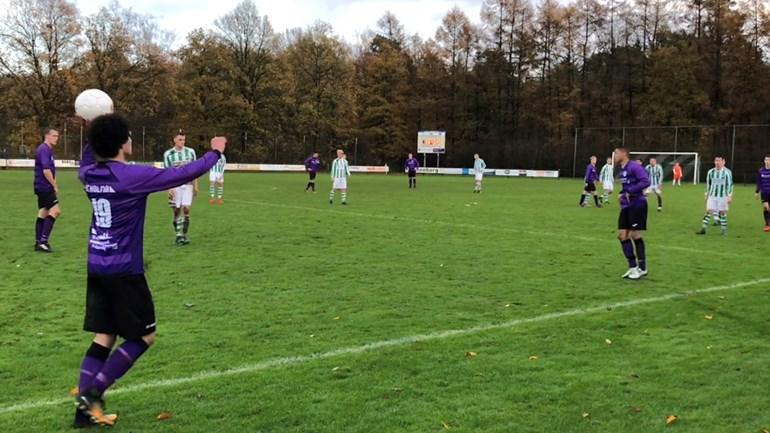 Beeld-uit-de-wedstrijd-Drenthina-Bedum-foto-RTV-Drenthe-Rene-Posthuma